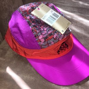 Brand new with tags Nike ACG cap